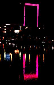 Weser Tower in Bremen  Welt - Mädchentag, 11.Oktober 2014 Foto:Kuznik