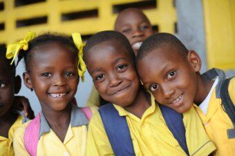 Plan International , Schauspielerin Marie-Luise Marjan besucht Plan-Projekte und ihr Patenkind in Haiti ,7.Mai 2015 , Foto : C : Stephan Rumpf